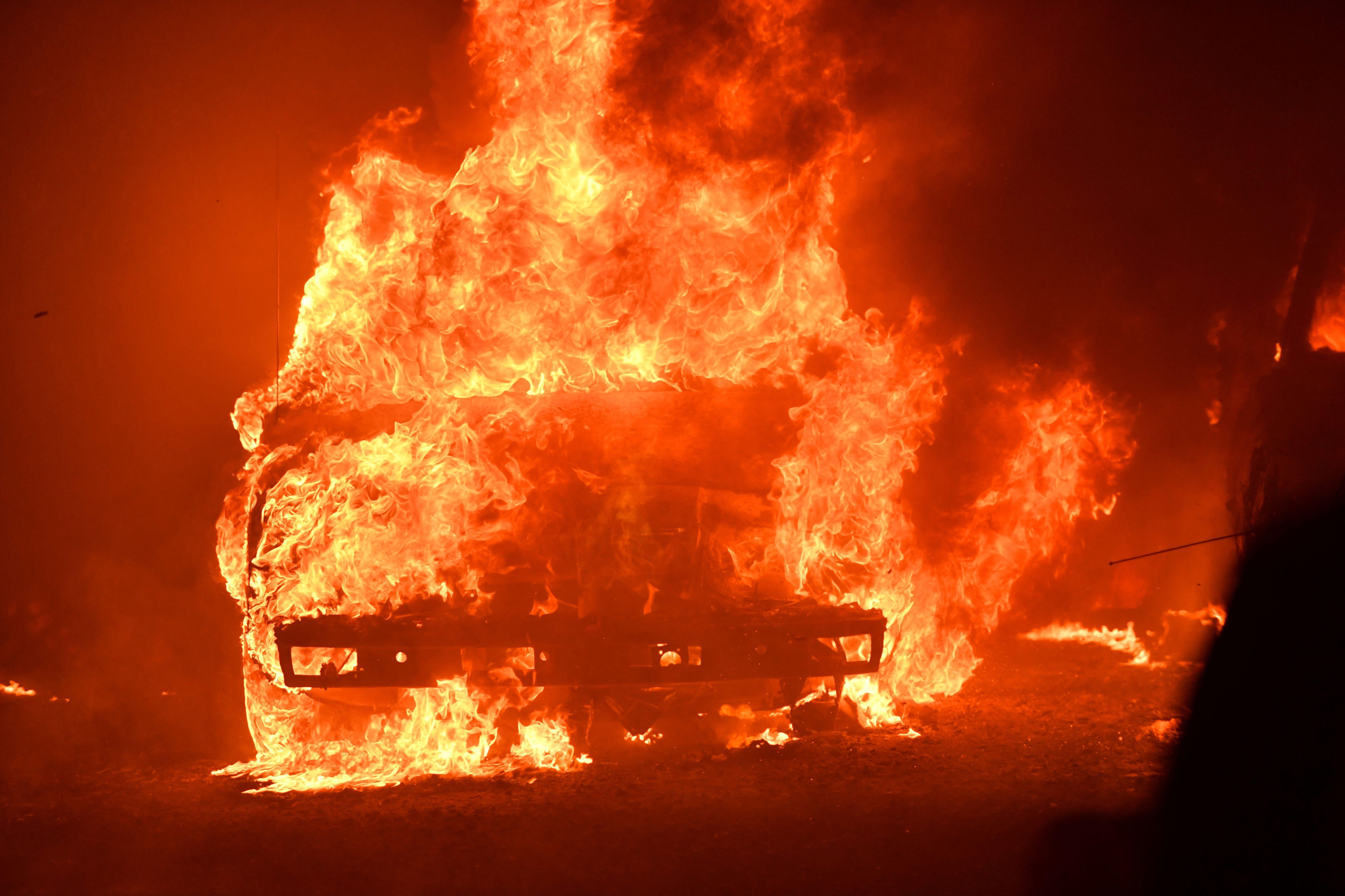 US-FIRE-CALIFORNIA
