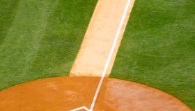 Baseball running lane to home base.