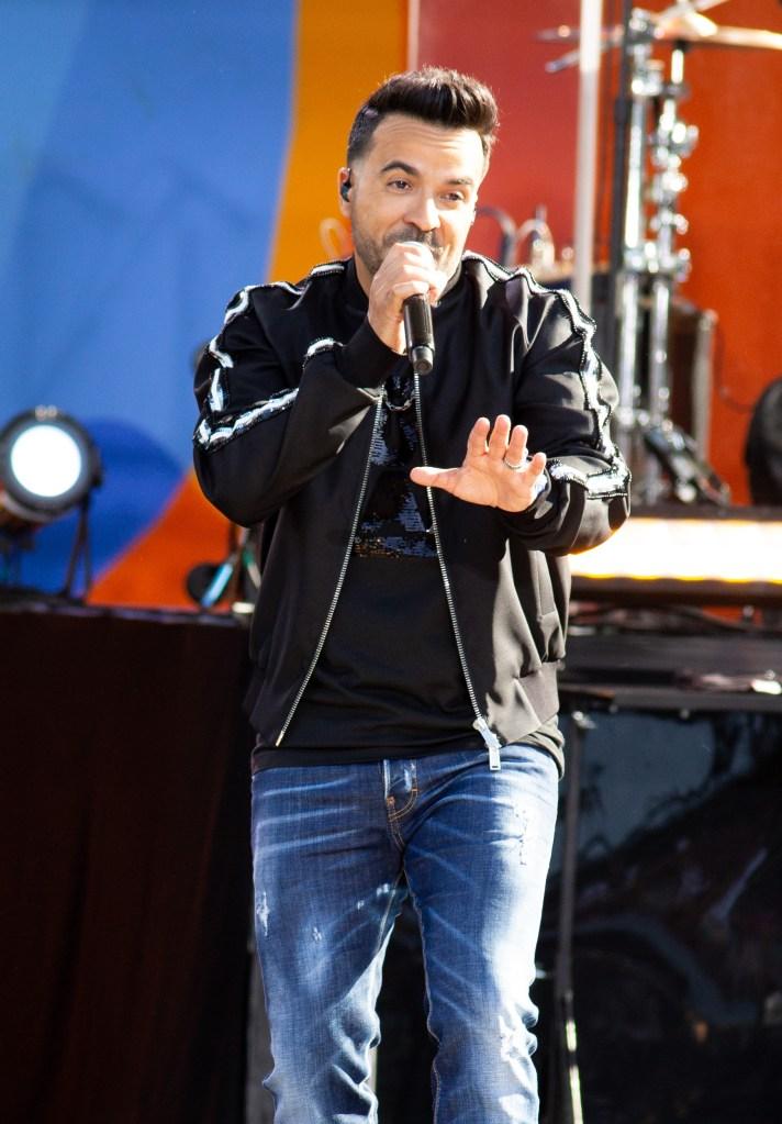Luis Fonsi performs on 'Good Morning America'