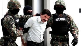 """Mexico Captures Sinaloa cartel drug lord """" El Chapo"""" Guzman"""